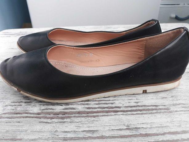 Туфли женские, на девочку 37 размер
