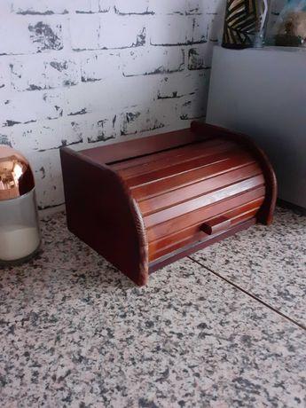 Chlebak drewniany, pojemnik ciemny brąz