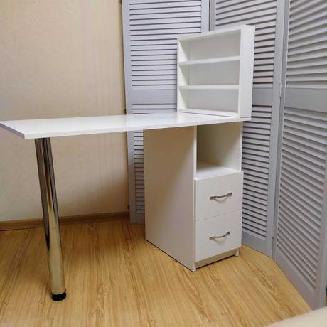 Складывающийся маникюрный стол НОВЫЙ