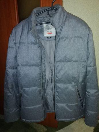 Продам мужскую демисезонную куртку в идеальном состоянии
