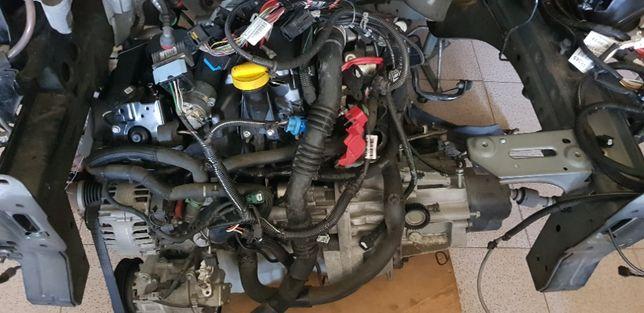 Clio 4 motor e caixa 1,5dci e radio GPS bom preço