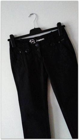 HOUSE - czarne materiałowe spodnie z prostą nogawką 36/38