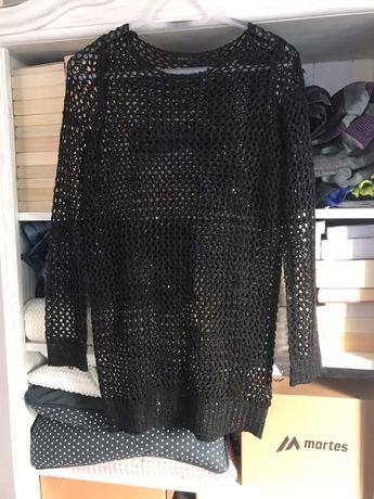 Piękny sweterek ze świecącymi cekinami o rozmiarze L