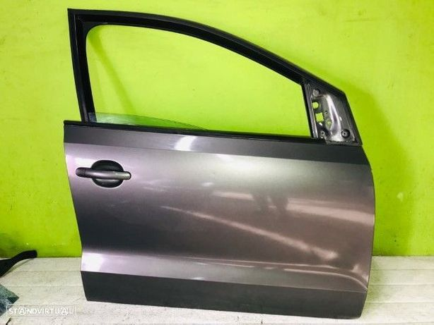 PEÇAS AUTO - Volkswagen Polo - Porta Frente Direita - PTL533