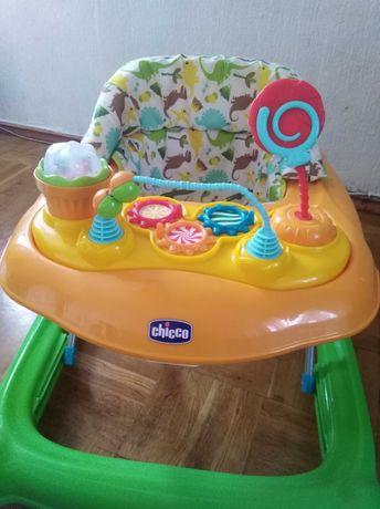 Продам ходунки  детские chicco в идеальном состоянии