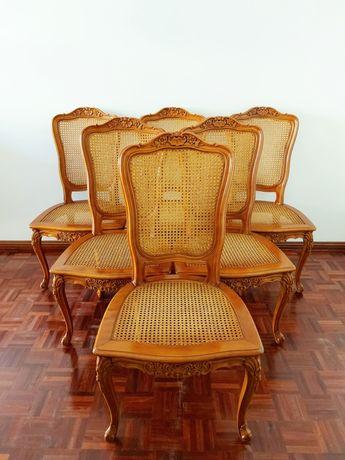 Cadeiras estilo rocaille em madeira de faia e palhinha