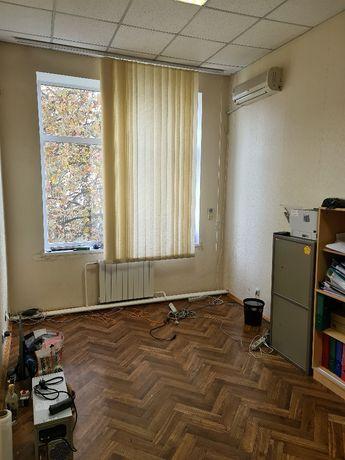 Аренда офиса 20-80 кв.м. М. Лукьяновская. ул. Ильенко (Мельн)