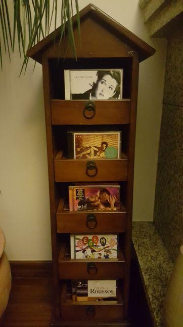 Coluna para 50 CD 's em cerejeira
