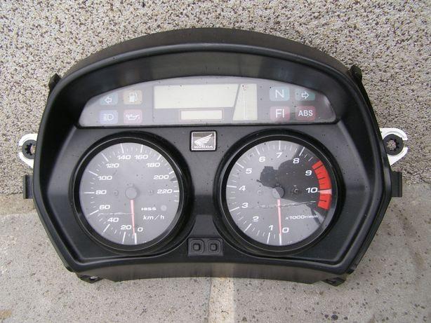Honda Varadero XL 1000 SD02 licznik z ABS