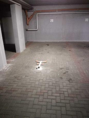 Miejsce parkingowe w hali garaż. Pń ul. Mogileńska 4. Oś Warszawskie