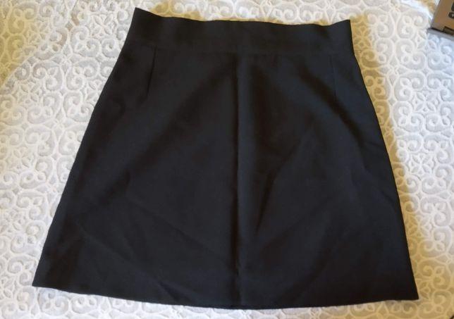 Trapezowa czarna spódnica, rozm. M