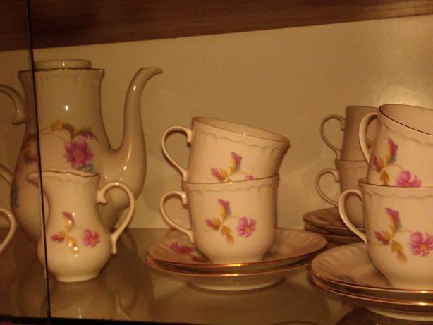 Chodzież porcelana serwis kawowy na 12 osób