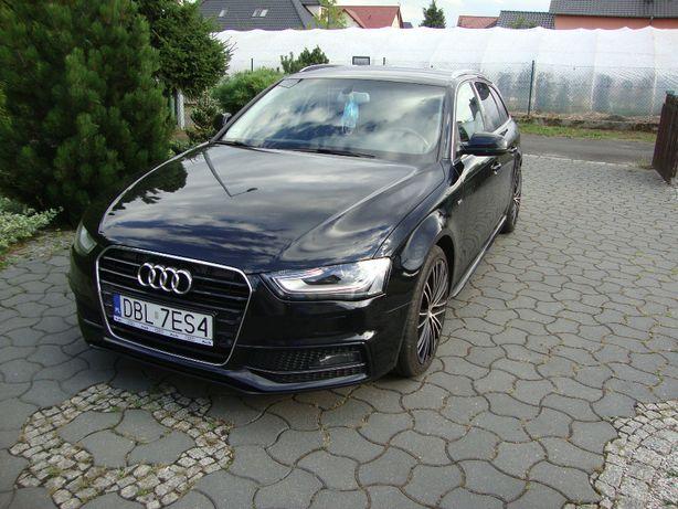 Sprzedam Audi A4 S-line.