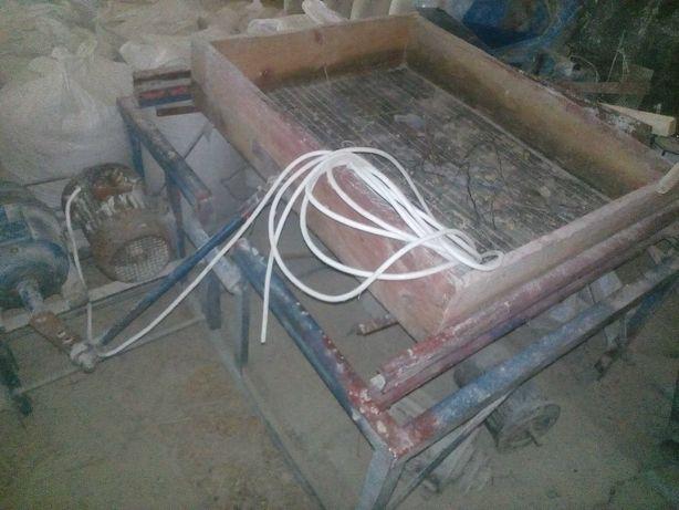 Калибратор для подсолнечника, вибростол
