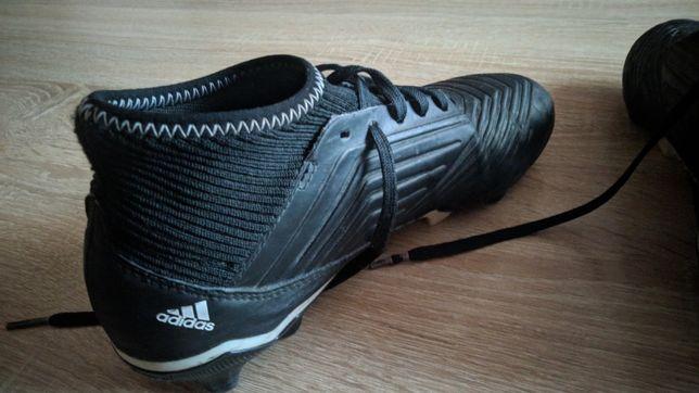 Продаються бутси Adidas Predator.