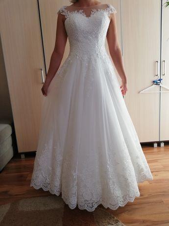 Niepowtarzalna suknia ślubna 1100 zł zamiast 4 240 zł