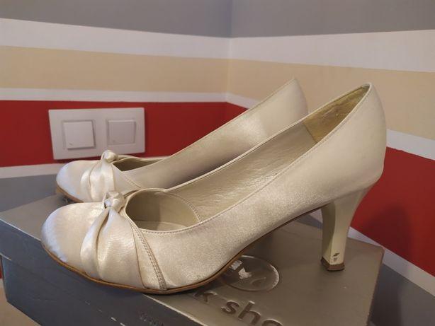 Szpilki, pantofle,e-cru, ślub,40