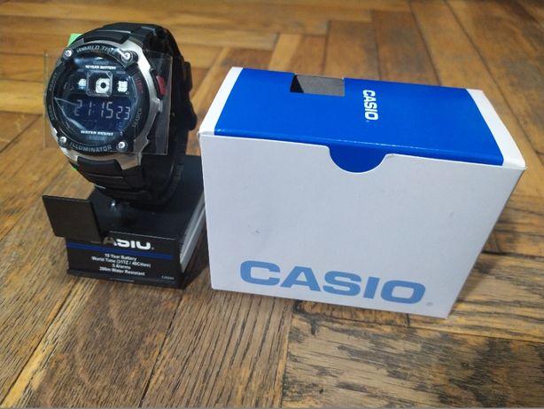 Мужские наручные часы Casio AE-2000W-1BVEF