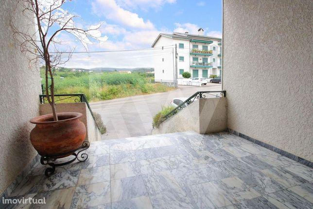 Apartamento T3 com Garagem 1Km do Centro de Vila Nova de Poiares