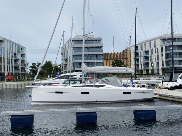 Jacht żaglowy VIKO S 35