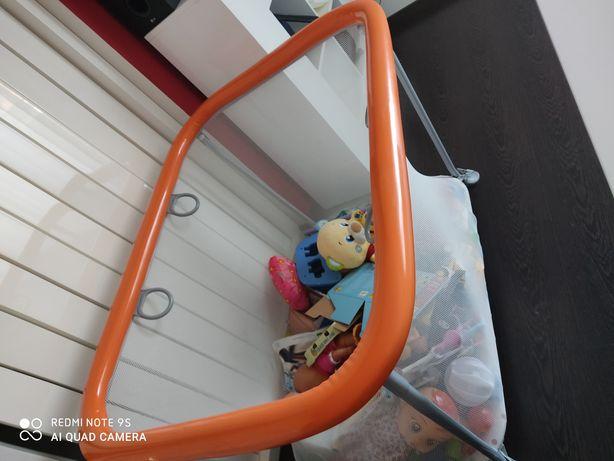 Parque infantil como novo