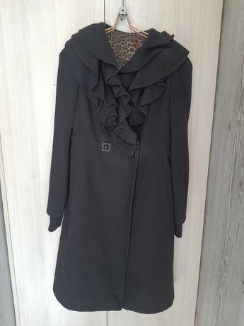 Пальто женское осеннее ,  48 - го размера