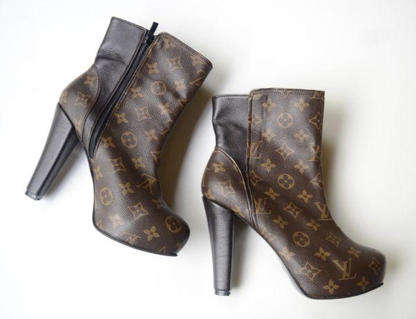 Botki Brązowe Louis Vuitton 40 NOWE LV Kozaki Platforma Logowane Zara