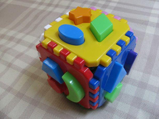 Кубик дитячий головоломка, геометричні деталі