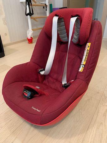 Автокресло Maxi-Cosi 2wayPearl (без базы) и защитный коврик под кресло