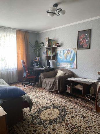 1-но кімнатна квартира. Цегляний будинок.