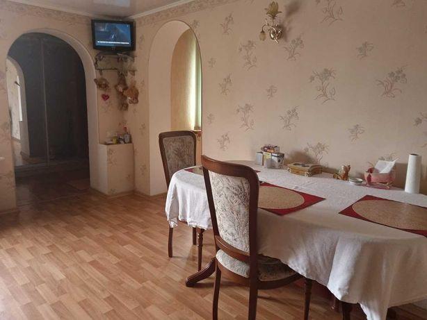 Срочно продам уютный домик в городе  с летней кухней и гаражом OZ