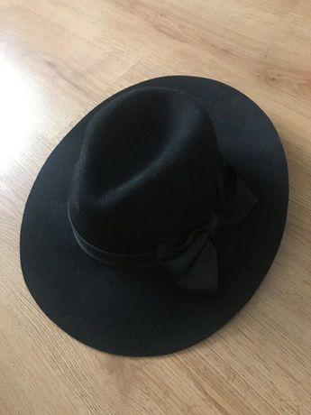 Elegancki kapelusz Promod