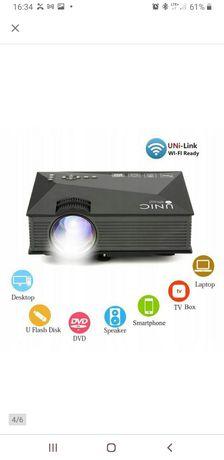 Projektor LCD Unic UC46