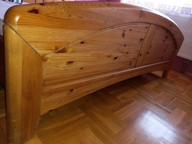 Łóże drewniane sosnowe.