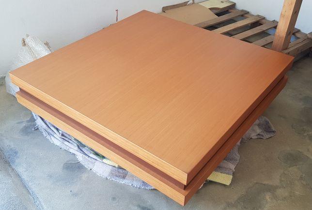 Mesa de centro do madeira