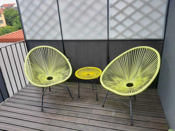 2 cadeiras de jardim + mesa de apoio modelo Acapulco