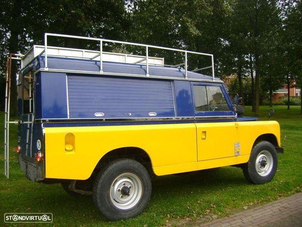Land Rover DEFENDER  ou SERIE 109 FOODTRUCK CAFÈ