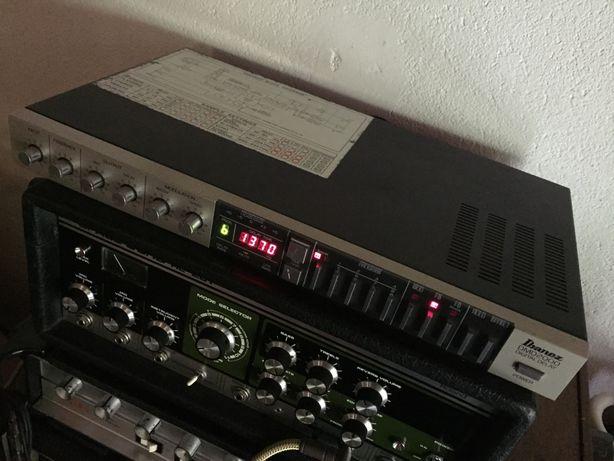 Ibanez DMD 2000 - Digital Modulation Delay com pedaleira original FC40
