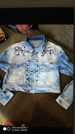 Джинсовый пиджак короткий