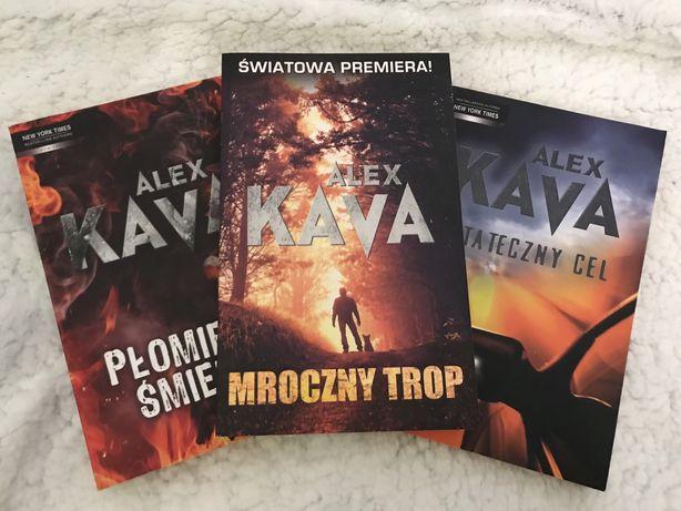 Alex Kava x3
