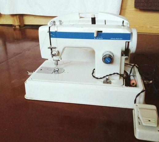 Продаю швейну машину JCPenney model 6005