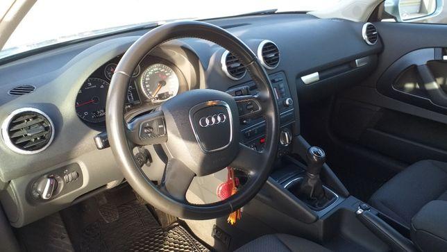 Audi A3 1.6 TDI 105cv