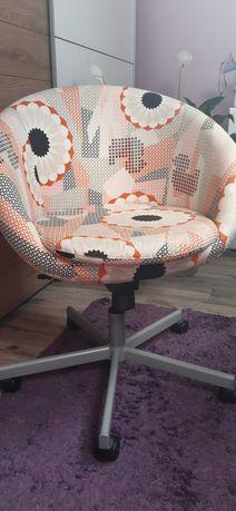 Krzesło obrotowe ozdobne