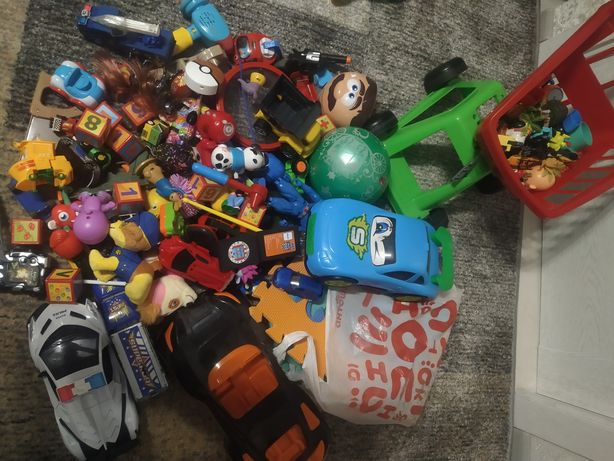 Лот пакет игрушек