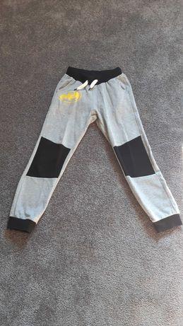 Spodnie dresowe Batman rozm. 140