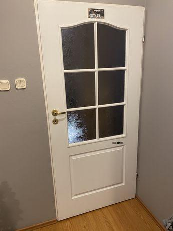 Drzwi wewnetrzne Polskone z szybami