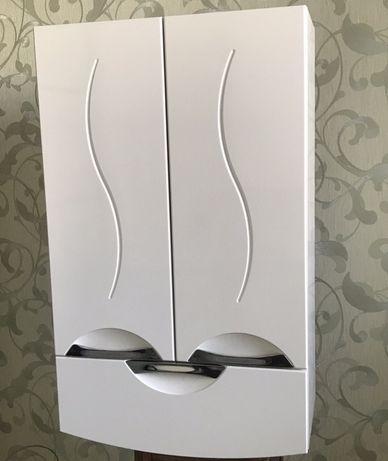 Шкафчик для ванної кімнати на стіну