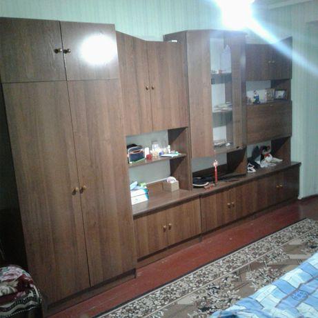 +Продам 1-кімн. квартиру в центрі.