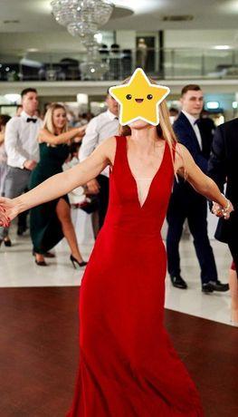 Długa sukienka czerwona