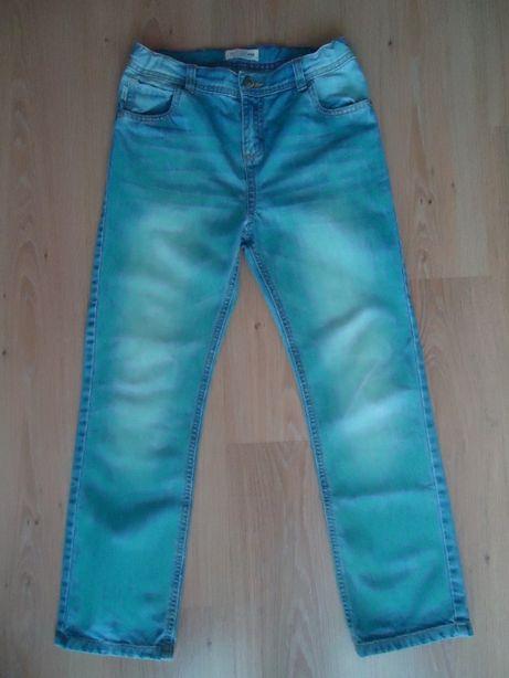 Фирменные джинсы производства Турции на мальчика 8-10 лет, дёшево.